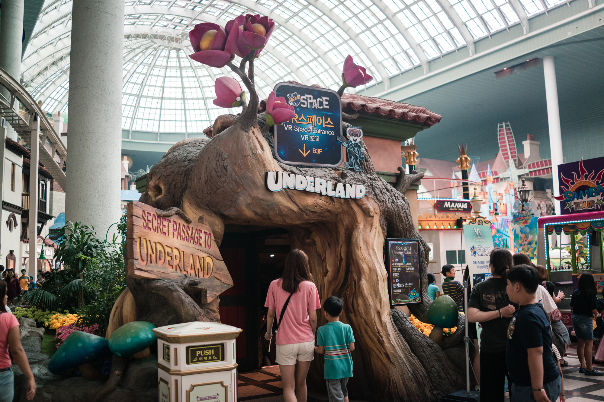 VR Games in Underland at Lotte World